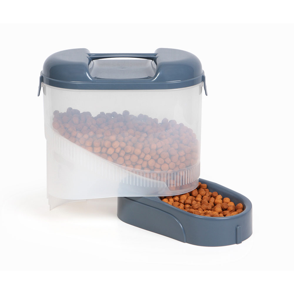 Pet Travel Feeder