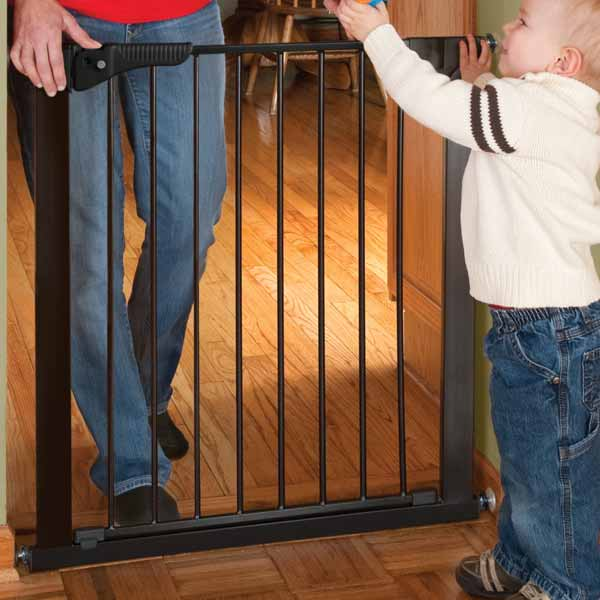 Gateway Pressure Mounted Pet Gate